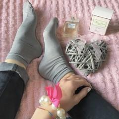 {Socks: Calzedonia - Bracelet: Accessorize - Parfum: Miss Dior Cherie l'eau } (francescaponzone) Tags: me italy italia girl fashioninspiration profumo parfum missdiorcherie missdiorcherieleau missdior perle braccialetto bracelet accessorize fashionblog fashionblogger fashion moda model fashionsocks socks calzedonia
