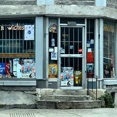 #montreal #depanneur #ledepanneur #dep #thedep (collations) Tags: square graffiti quebec montreal squareformat cornerstores depanneurs deps thinkinginsidethebox allsquaredup iphoneography thedep instagramapp uploaded:by=instagram lesdepanneurs