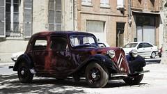 Citroën Traction Red&Black (FRS81) Tags: auto red black france cars car french rouge automobile noir body citroen citroën coche guerre chevron citron andré avant jewel francais résistance cocorico joyaux carrosserie taction