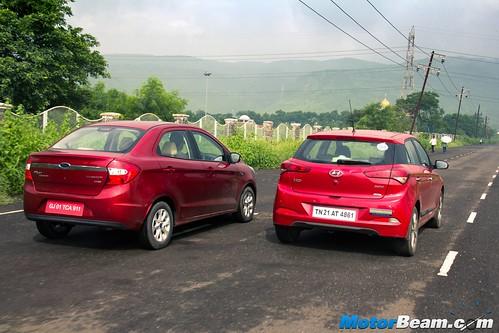 Ford-Figo-Aspire-vs-Hyundai-Elite-i20-13