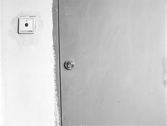 Door and button (飞鸿留影) Tags: china street door portrait people blackandwhite 120 film nature analog mediumformat landscape blackwhite 645 bokeh snapshot d76 contax button marco fujifilm neopan bnw streetshot carlzeiss acros100 contax645 filmphotography 无锡 nikonsupercoolscan9000ed 中画幅 planart280