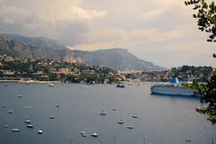 Busy Harbour (David Vu.) Tags: city sea summer vacation sun holiday france hot beach nature water lens landscape boats 50mm prime nikon warm mediterranean harbour cannes sunny monaco southern cote yachts 18 landschaft ville dazur f18g