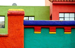 #3/100 - Bold Colour - 117 Pictures in 2017 (Krasivaya Liza) Tags: tucson az arizona southwest south west mexican influence adobe colorful houses barrio historico viejo historical neighborhood western window windows 3 3100 117picturesin2017 bold color boldcolour