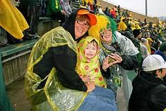 It never rains in Autzen Stadium... (C.P. Kirkie) Tags: oregonducks oregon eugene universityoforegon ducks duckfootball autzenstadium collegefootball