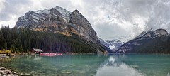 Boathouse - Lake Louise - Banff National Park, Alberta, CA (André-DD) Tags: cans2s canada kanada urlaub vacation alberta herbst fall autumn outdoor wasser water see lake view aussicht himmel wolken clouds mountain landscape hill cloud sky mountainside reflection reflektion louise banff national park banffnationalpark nationalpark bäume baum tree trees watercourse creek serene mountains berge berg natur nature gletscher schnee snow glacier stein steine stone stones river fluss flus victoriagletscher victoria victoriaglacier boat boats boot boote panorama
