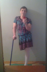 amp-1253 (vsmrn) Tags: amputee woman onelegged crutches