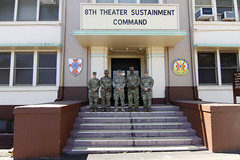 CSM Morris visits 8th TSC (8th Theater Sustainment Command) Tags: army pacific hawaii oahu fortshafter 8ththeatersustainmentcommand ordnance 8thtsc rcsm regionalcommandsergeantmajor