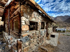 Miner's Cabin (Doug Santo) Tags: mining highdesert miningtown deathvalleynationalpark landscapephotography golerwash minerscabin panamintrange