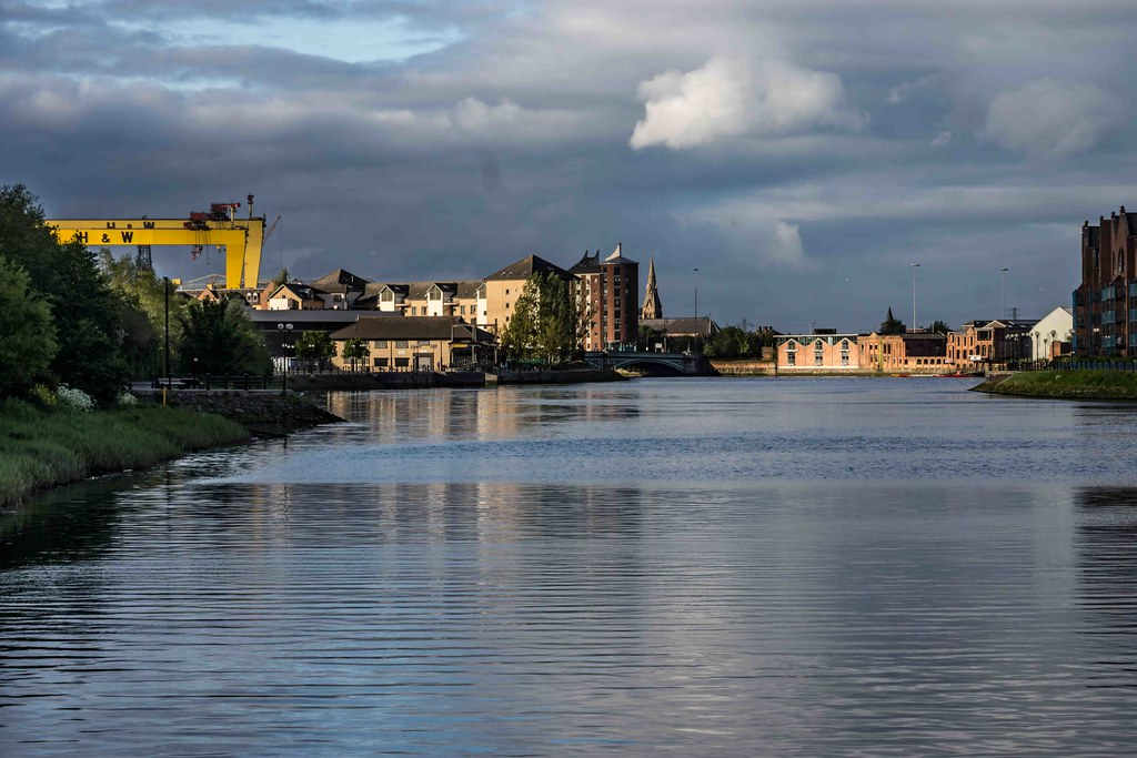 A WALK ALONG THE LAGAN TOWPATH [BELFAST]-108965
