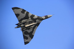 Avro Vulcan XH558. (Seckington Images) Tags: flickr airshow vulcan shuttleworth avro xh558