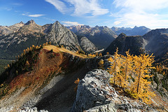 424B6756 (forrest.croce) Tags: mountains larches northcascades noca fall color larch
