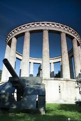 Mausoleo and Gun (alessandro.spagnolli) Tags: blackandwhite history sony silence worldwar northofitaly sonya200 alpha200