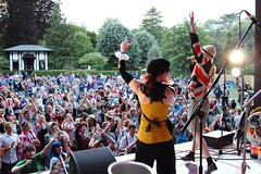 2015_gigsandbands.com_Friday (51) (Larmer Tree) Tags: 2015 gigsandbandscom friday professorelementalandthegaslighttroubadours crowd clap gardens handsintheair audience gardenstage mainlawn