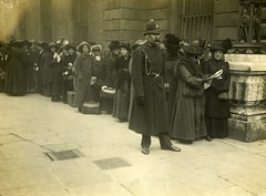 Women queuing outside Bow Street, c.1912.