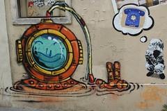 Jo Ber + EZK + D7606 + C3_3866 passage Sigaud Paris 13 (meuh1246) Tags: streetart paris enfant butteauxcailles jober paris13 c3 tlphone scaphandre ezk passagesigaud d7606 lzartsdelabivre2015