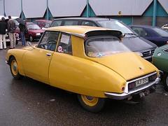 cm68 (azu250) Tags: 2005 car utrecht citroen bob meeting treffen rencontre hallen veemarkt citromobile bobtocht