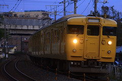 DSC9270 (nEUROn FL) Tags: japan train railway jr hiroshima 電車 jnr 鉄道 jr西日本 山陽本線 115系