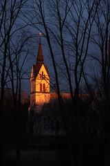 Dagens sista solstrålar (Annica Spjuth) Tags: kyrka solstrålar kaskad belyst fotosondag fs151213