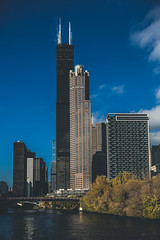 The Sears Tower (Piotr_PopUp) Tags: searstower willistower chicago illinois architecture buildings tall building skyscraper cityscape city urban blue river
