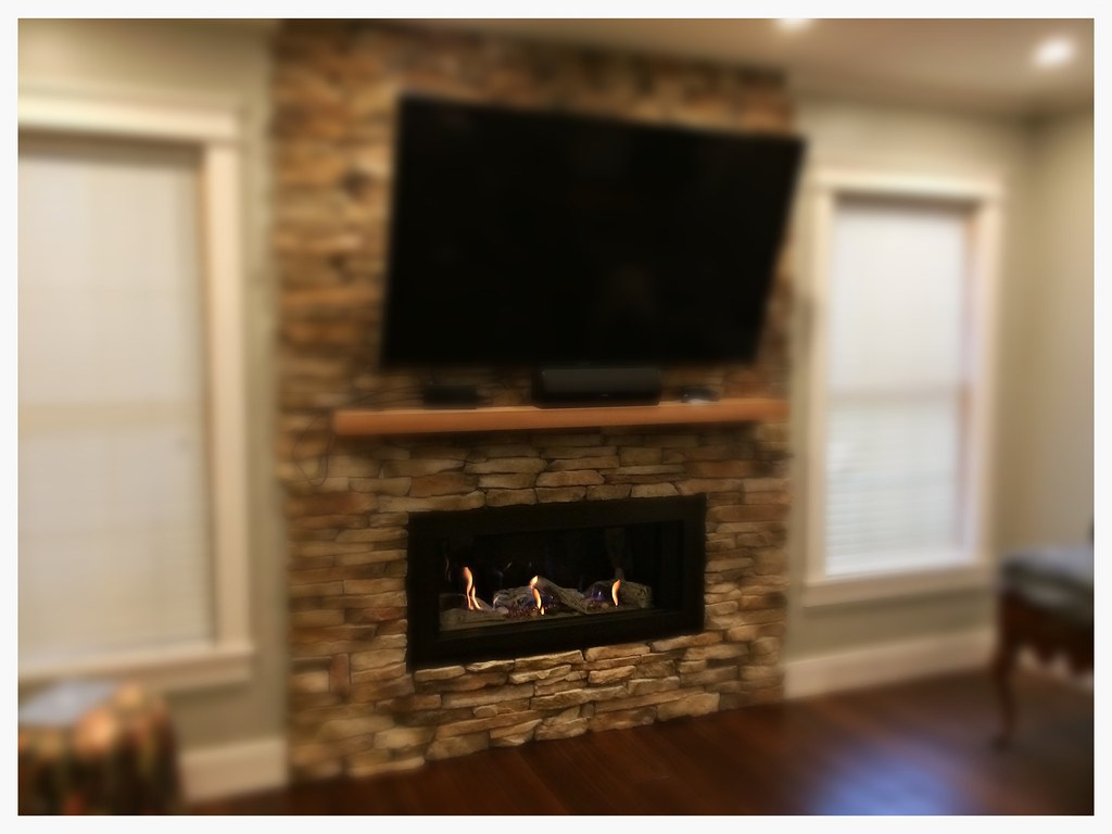 Valor L1 Linear Direct Vent Gas Fireplace. Chattanooga, Tn.