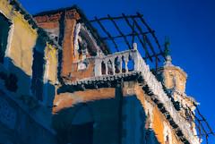 (Femme Peintre) Tags: spiegelung venedig italien haus architektur