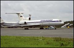 RA-85343 - St. Petersburg Pulkovo (LED) 22.08.2001 (Jakob_DK) Tags: 2001 led ulli stpetersburg pulkovo pulkovoaviation pulkovoavia tupolev tupolev154 tupolev154b tupolev154b2 tu154 tu154b tu154b2 careless