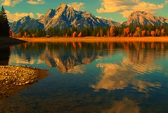 Grand Teton National Park (udbluehens) Tags: grandtetonnationalpark mtmoran colterbaymarina grandtetonfallcolors