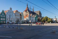 Rostock-185 (rainer.kulmann) Tags: deutschland marienkirche rostock gruppe neuermarkt
