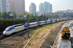 Korail KTX-Sancheon 16, Seoul Station (Howard_Pulling) Tags: train nikon may rail railway korean seoul 2015 southkorean howardpulling d5100