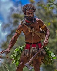 Huli Wigman with Axe, Tari Highlands, Papua New Guinea (bfryxell) Tags: axe papuanewguinea oceania melanesia huliwigman tarihighlands wigmanschool