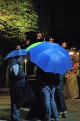 Beschirmt (natterjack3) Tags: rain christmasmarket umbrellas regen schirme moylandcastle weihnachtsmarktschlosmoyland