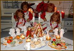 Wir wünschen einen himmlischen 4. Advent ... (Kindergartenkinder) Tags: dolls himstedt annette kindergartenkinder kind sanrike milina advent plätzchen personen kostüm tivi annemoni