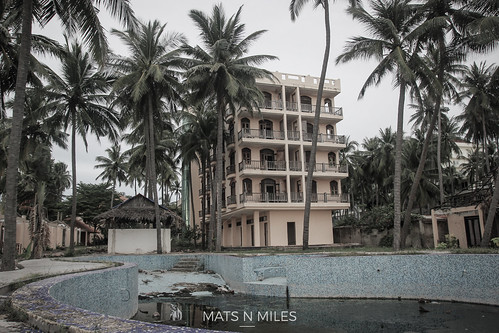 Abandoned Hotel in Mui Ne