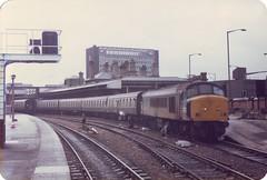 45075 (ee20213) Tags: sheffield class45 45075 peak britishrail brblue mk1 d132