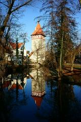 Waiblingen - Stadt an der Rems (Lutz Blohm) Tags: beinsteinertorturm waiblingen historischealtstadt rems spiegelung sonyfe1635mmf4 sonyalpha7aii