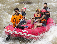 White water rafting at Phuket, Thailand - 17/01/2017      XOKA0770bss (forum.linvoyage.com) Tags: action helmet women woman sexy family happy funny mountain whitewater extrem extreme экстрим droplet spray splash брызги паттая краби самуи pattaya krabi samui phuket thailand canoe oar sport raft rafing people fun river hard рафтинг народ люди человек река вода бурный пороги пхукет таиланд тайланд пукет тай vehicle boat outdoor water лодка спорт портрет девушка женщина girl portrait