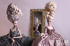 """""""There are many people at Versailles today."""" (em`lia) Tags: therearemanypeopleatversaillestoday emiliacouture emlia fr2 luchia agnes marieantoinette madamedubarry fashion royalty 12 doll gown miniature design ooak"""
