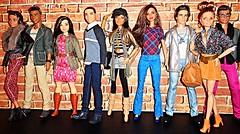 My Crew (Dia 777) Tags: barbie dolls dia777 barbiedolls ken kendolls barbiefashionistas kenfashionistas tallfashionistas tallbarbie curvyfashionistas curvybarbie stylinstripes floraltee ryan teresa kassandra madetomove polkadotfun madetomovesoccerplayer waterplaysteven madetomoveskateboarder emeraldcheck plaidonplaid squad