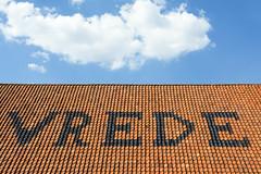 PEACE! (Jan van der Wolf) Tags: map155129v roof dak vrede peace dakpannen patroon pattern clouds wolken lucht sky minimalism minimal fonts letters roofingtiles tiles roofingtile tile friede christmas kerst