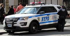 NYPD (Francis Lenn) Tags: nyc newyork city novayork nuevayork eua eeuu usa nypd police policia policía