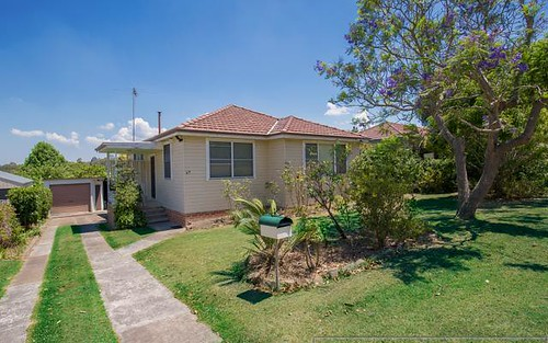 69 Robert St, Tenambit NSW 2323