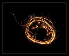 '~O (Mattijsje) Tags: light lighting long exposure sterretjes sparkles night shot nachtopname lange sluitertijd nieuwjaar 2017 lightpainting