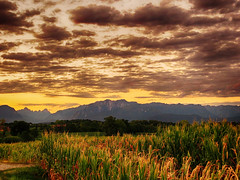 IMG_1844 Summer sunset (pinktigger) Tags: sunset clouds country mountains countryside fagagna feagne friuli italy italia summer hills
