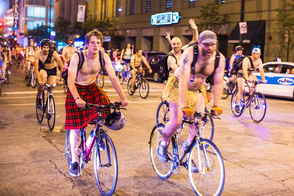 chicago nudist bike ride