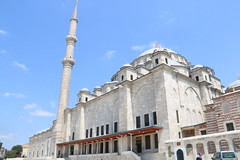 Fatih Mosque (arif70d) Tags: canon eos iso400 muslim istanbul mosque f22 fatih 1125 2015 18135 70d
