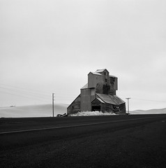 Grain Elevator, Route 195, Washington (austin granger) Tags: rural washington highway time geometry decay progress farmland structure collapse impermanence grainelevator palouse topography route195 gf670 austingranger