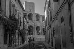 Arles (Juan R. Ruiz) Tags: france streets canon europa europe cities trips provence arles towns francia colisseum provenza camargue colisseo canon60d canoneos60d