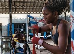 La boxe a Cuba parte 3 (Armando Magro) Tags: nikonfm scansionenagativo kodakportra400 cuba boxe ingiroafareituristi analogica