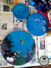 Wonderful undersea world (Sandys.PiecesOfArt.) Tags: quallen jellyfish fish swarm blue undersea unter wasser acryl auf leinwand acrylic canvas acrylmalerei painting art kunst malerei blau turtle violett selfmade anemone clownfisch coral reef doktorfisch korallenriff inspiration muscheln schildkröte sandyspiecesofart sandys piecesofart
