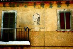 """""""ricordare e prepararsi"""" (nothinginside) Tags: ricordare prepararsi salle pescara italia italy abruzzo dux duce mussolini benito graffiti murale house wall propaganda face busto old fascist 2011 ww2"""